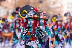 Badajoz, Spanien - 24. Februar 2017: Kinder, die an der Kind-` s Karnevalsparade in Badajoz teilnehmen Lizenzfreie Stockbilder