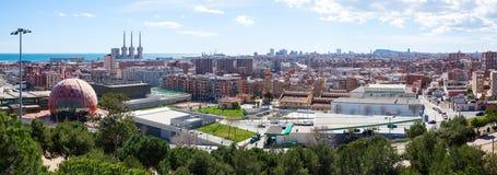 Badalona και Βαρκελώνη από το υψηλό σημείο Στοκ εικόνες με δικαίωμα ελεύθερης χρήσης