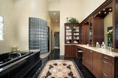 badar den svarta förlagen för badet Royaltyfria Bilder