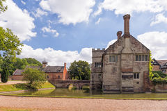 Baddesley Clinton Fortified Manor House royaltyfria foton