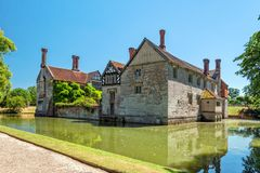 Baddesley Clinton Moated Manor House photos libres de droits