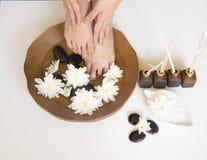Badekur und Produkt für weiblichen Fußbadekurort, Thailand wählen Sie und Weichzeichnung vor Stockfoto