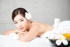 Badekur und Produkt für weiblichen Handbadekurort, Thailand Wählen Sie Fokus vor Stockfotografie