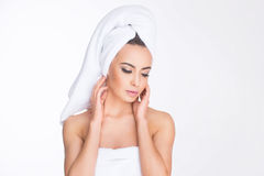 Badekurort Entspannte junge Frau Lizenzfreies Stockbild
