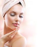Badekurort-Mädchen. Skincare lizenzfreie stockfotografie