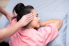 Badekurort und thailändische Massage stockbild