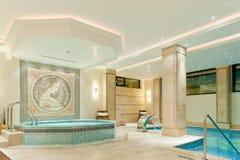 Badekurortinnenraum in einem modernen Hotel Lizenzfreie Stockfotografie