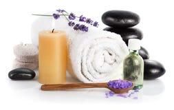 Badekurortstillleben mit Lavendelsalz Stockbild