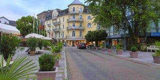 BADEN-BADEN, ALEMANHA 12 DE JULHO DE 2014: vista do hotel imagem de stock royalty free