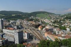 Baden City: Het panorama van historische Chateau bovenop de stad in kanton Aargau royalty-vrije stock afbeelding