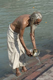 Baden in Haridwar Stockbilder