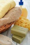 Badetücher und gelbe Gummientchen Stockbild