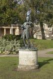 Badet Somerset, Förenade kungariket, 22nd Februari 2019, staty av Wolfgang Amadeus Mozart ståtar in trädgårdar royaltyfri foto