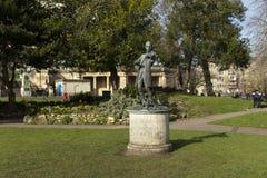 Badet Somerset, Förenade kungariket, 22nd Februari 2019, staty av Wolfgang Amadeus Mozart ståtar in trädgårdar arkivbild