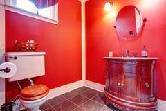 Badezimmer mit antiker Eitelkeit Lizenzfreie Stockfotos