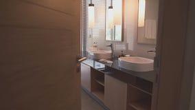 Badezimmer vom Innereabschluß oben stock video footage