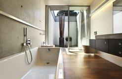 Badezimmeransicht stockbilder