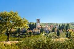 Badia di Passignano, abbaye de San Michele Arcangelo Passignano est abbaye bénédictine historique située placé sur le sommet, ent photo stock
