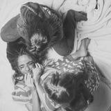 Badine le jour heureux d'enyoj Mode de chemises de nuit pour des filles Photo libre de droits