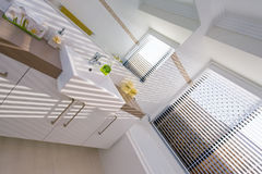 Badkamers met Venetiaan Stock Fotografie