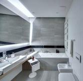 Badkamers in moderne stijl Stock Foto