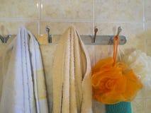 Badlakan och handduk Royaltyfri Fotografi