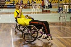 Badminton du fauteuil roulant des hommes Photo stock