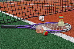 Badminton shuttlecocks & Racket-1 Royalty Free Stock Photos