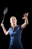 Badmintonspelare som spelar badminton Royaltyfria Bilder