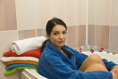 badrumkvinna Arkivbild