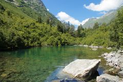 Baduk Teberda和Dombai山湖  免版税库存图片