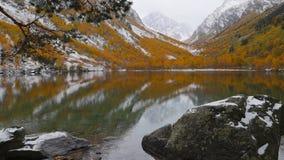 Badukskie jeziora w Kaukaz górach zbiory