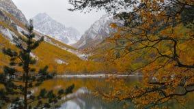 Badukskie jeziora w Kaukaz górach zdjęcie wideo