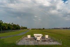 BADUNG, BALI-APRIL 10 2019: Wiatrowi profiler narz?dzia przy Ngurah Rai lotniskiem mi?dzynarodowym Bali Ja robi? scintec i nim st obrazy stock