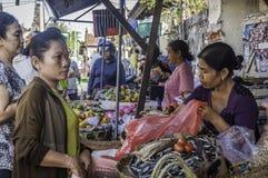 Badung traditionele markt, Bali - Indonesië stock foto