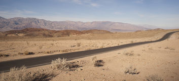 Badwater路死亡谷Panamint山脉国家公园 库存照片
