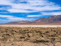 Badwater basen, Śmiertelny dolina krajobraz Zdjęcie Stock