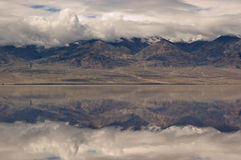 Badwater Mountain Reflection Royalty Free Stock Photography