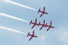BAe从红色箭头的鹰喷气机显示小组 库存图片
