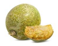 Bael-Frucht- oder hölzerne Apfelfrucht Aegle-marmelos auf einem Weiß Lizenzfreies Stockbild
