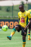 Bafana Bafana spelareförsvarare Royaltyfri Fotografi