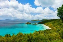 Bagażnik zatoka na St John wyspie, USA Dziewicze wyspy Fotografia Royalty Free