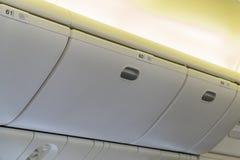 Bagage i den ingen kabinen 59 60 61 Royaltyfria Bilder