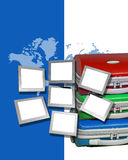 Bagage, kaart en monitors Royalty-vrije Stock Foto's