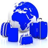 Bagage voor reis met bol op wit Stock Foto