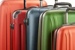 Bagagli che consistono di grandi valigie isolate su bianco Immagini Stock Libere da Diritti