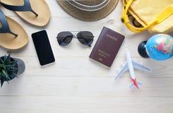 Bagagli dei passaporti dei costumi degli accessori di viaggio Immagine Stock Libera da Diritti