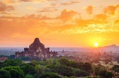 bagan缅甸日出寺庙 免版税图库摄影