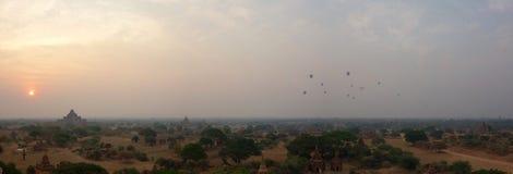 bagan восход солнца myanmar стоковые фотографии rf