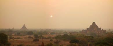 bagan восход солнца myanmar стоковые изображения